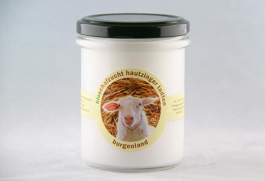 Bio Schafmilchjoghurt von der Schafzucht Hautzinger
