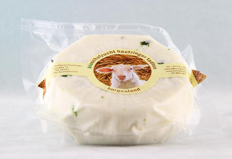 Bio Schafkäse mit Bärlauch von der Schafzucht Hautzinger